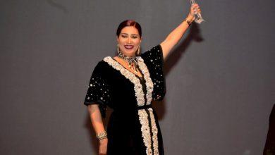صورة تكريم وفاء عامر في افتتاح مهرجان الرباط الدولي لسينما المؤلف